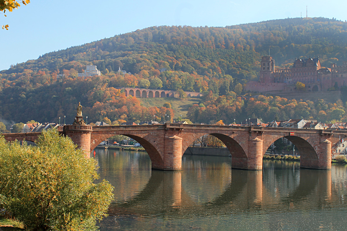 Spatenstich für den Neubau der Hebelstraßenbrücke - Abrissarbeiten starten voraussichtlich Anfang Juli