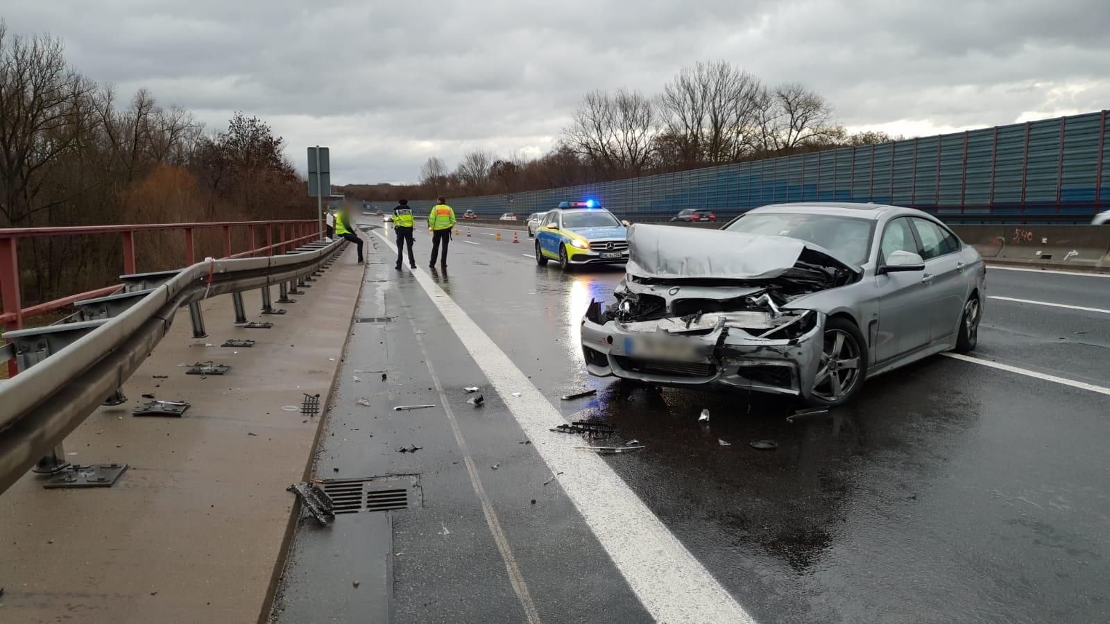 A6/Wiesloch: Zwei Spuren nach Unfall gesperrt