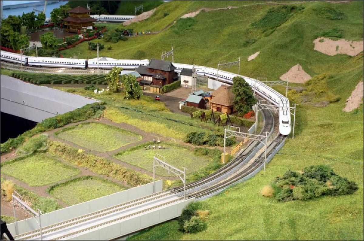 Spur_N_MEF_Halle-Stadtmitte_Japananlage_02