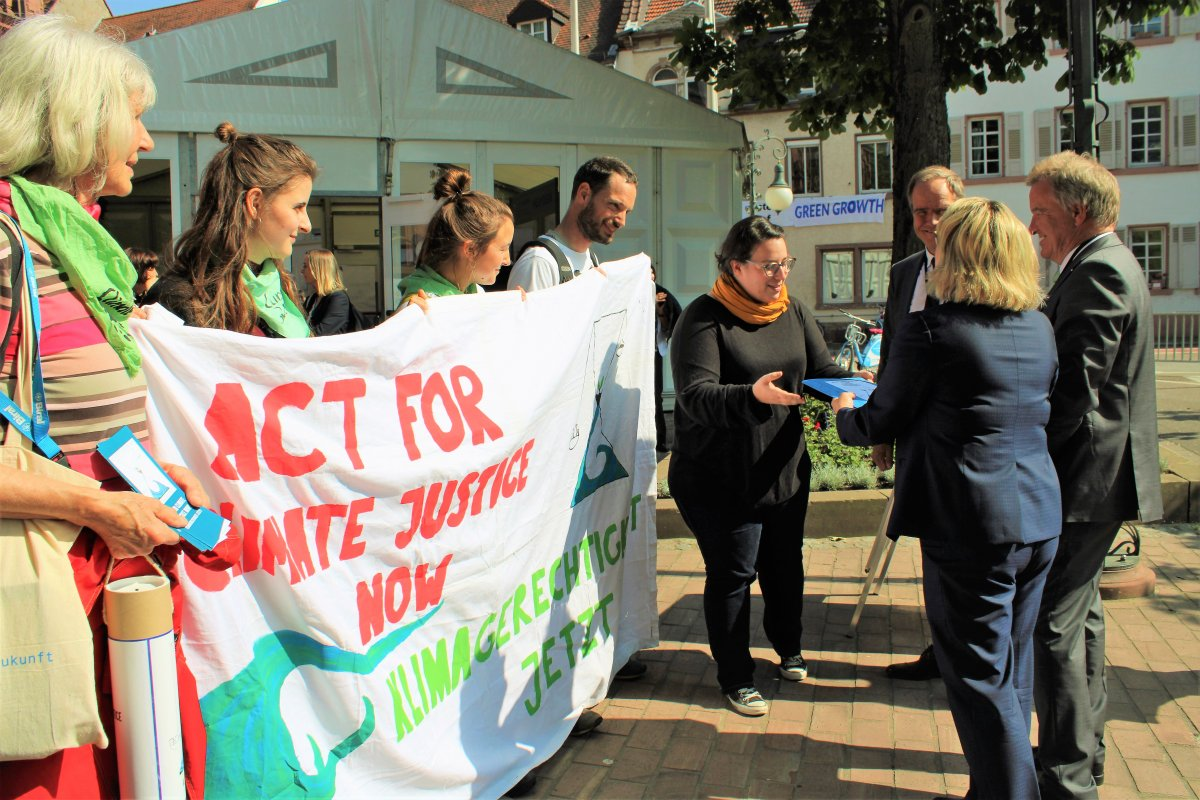 Über 1700 Menschen fordern Klimagerechtigkeit - Jetzt!(mit Fotostrecke)