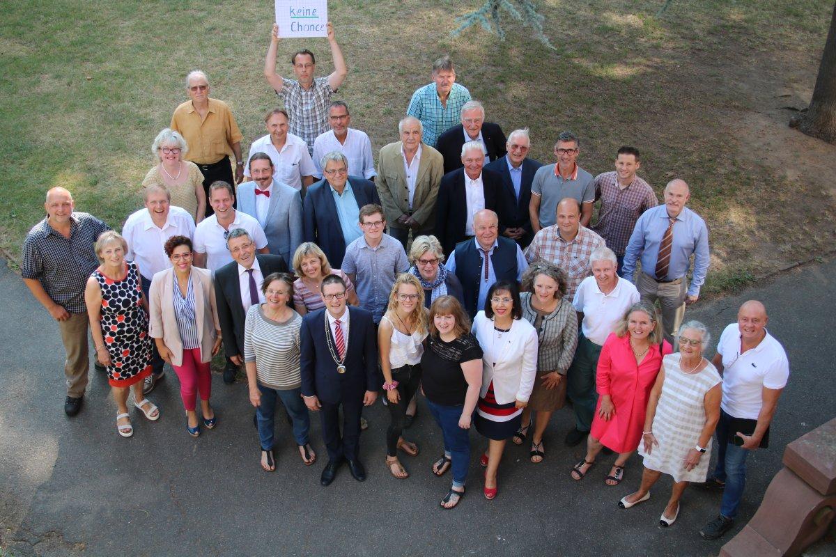 Der Weinheimer Gemeinderat hat sich konstituiert – OB Just bekräftigt die Inhalte der Resolution für Menschenwürde und kulturelle Vielfalt