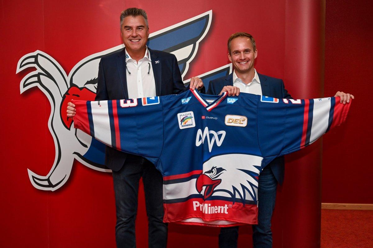 Dynamisch und fokussiert: die Adler-Trikots 2019/20