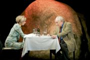 Weinheim: Alles beginnt mit einem Kuss