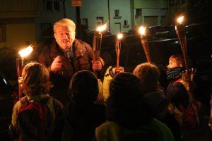 Fackelführung mit Kindern in Weinheim