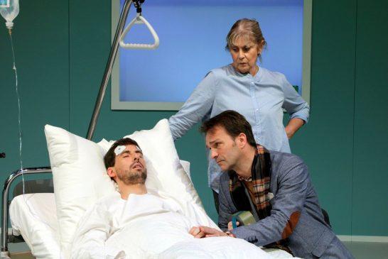 """4000 Tage Koma – und alles auf """"Null""""? - Theater in Weinheim"""