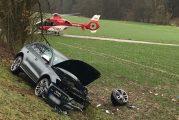 Schwarzach: Drei schwer Verletzte bei Frontalzusammenstoß