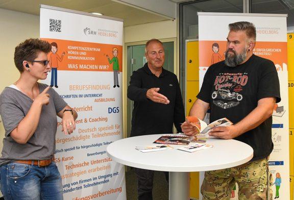 SRH Heidelberg: Neue Ausbildungen: Gehörlose und Hörende zusammenbringen