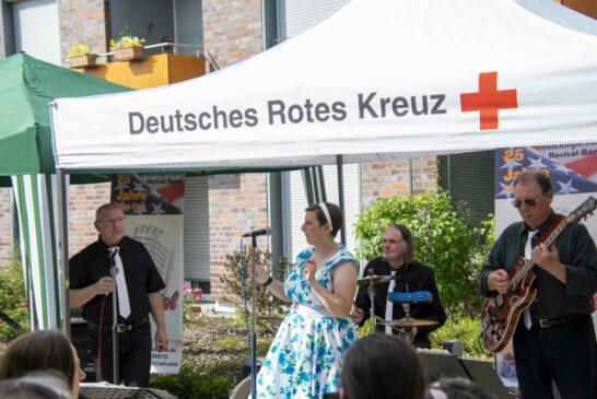 """Die Band """"Eis am Stiel"""" aus Edingen-Neckarhausen spielte Hits der 50er und frühen 60er aus Amerika"""