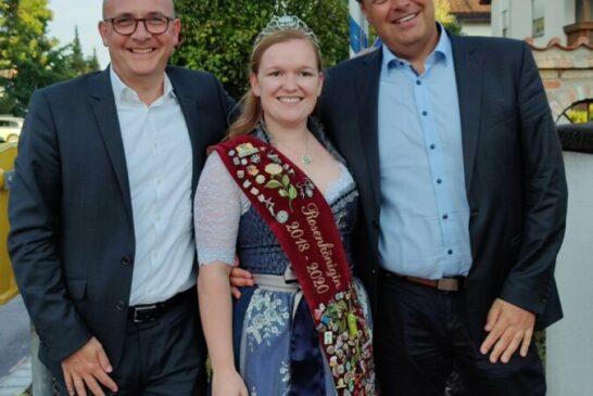v.l. OB Dr. Pöltl, Rosenkönigin Stefanie, BM Lederer