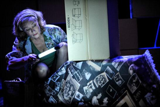"""""""Weinheim macht Theater"""" mit Gilla Cremer und """"Die Dinge meiner Eltern"""" am 21. Oktober in der Stadthalle"""